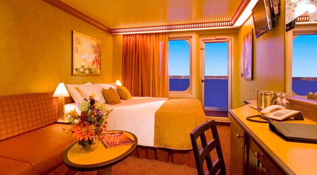 Carnival splendor cruise ship photos schedule for Cheap cruise balcony rooms