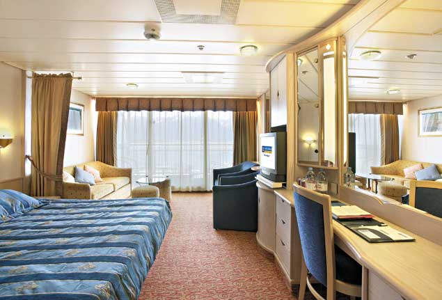 Vision of the Seas Cruise Ship Photos Schedule  : 3412511554b26b708837f1809375654 1260828424 from www.smartcruiser.com size 635 x 431 jpeg 42kB
