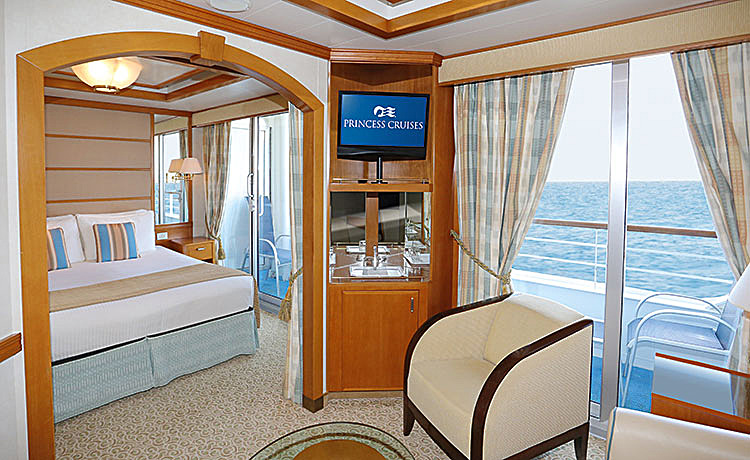 Sea princess cruise ship photos schedule itineraries for Balcony cabin cruise deals
