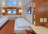 Lower deck for 2 travelers